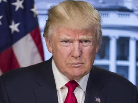 «Подарунок» до річниці Трампа. Американський уряд припинив роботу